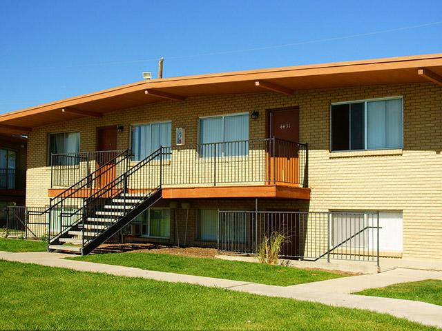 Park Central Apartments in West Valley City, UT