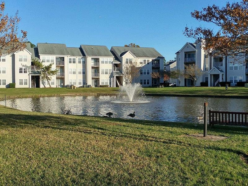 Lake View | Apartments in Virginia Beach