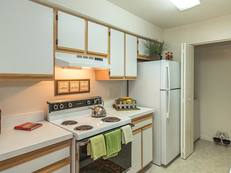 Kitchen | Apartments for rent in Virginia Beach