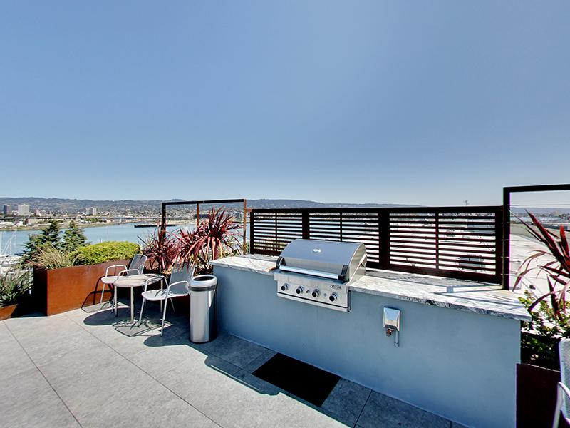 BBQ Area | Panomar Apartments in Alameda, CA