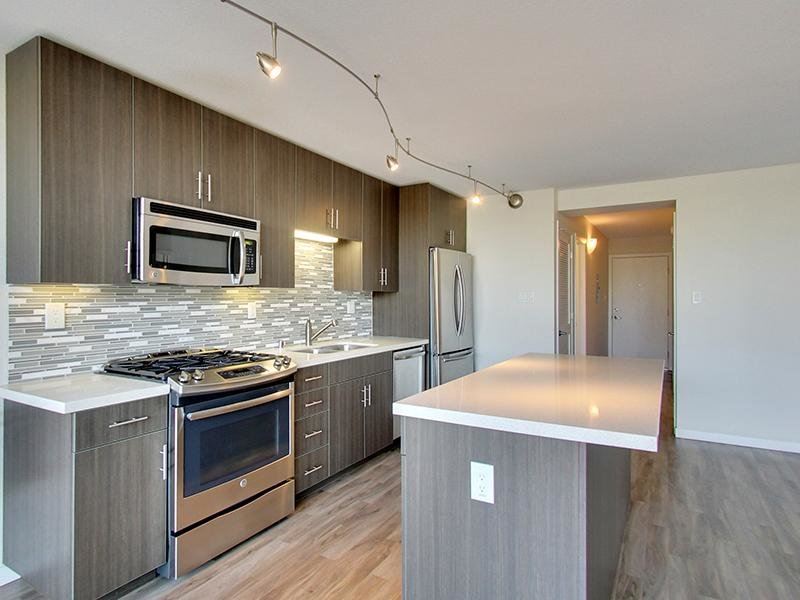 Fully Equipped Kitchen | Panomar Apartments in Alameda, CA
