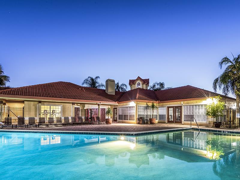 Lake Tivoli Apartment's Pool