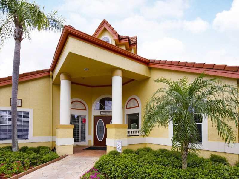 Club House Exterior | Lake Tivoli Apartments