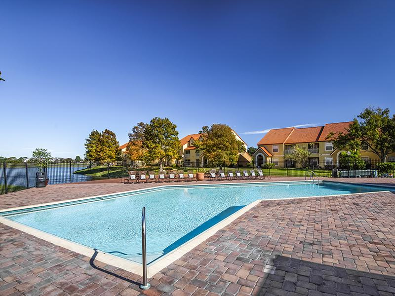 Swimming Pool | Lake Tivoli Apartments