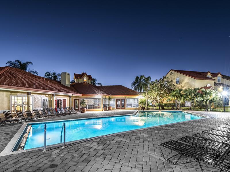 Lake Tivoli | Apartments with a Swimming Pool