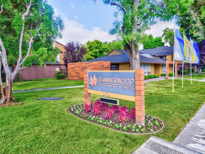 Welcome Sign | Summerwood Apartments in Hayward CA