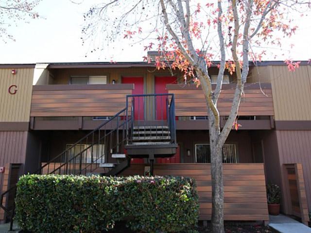 Summerwood Apartments in Hayward, Ca