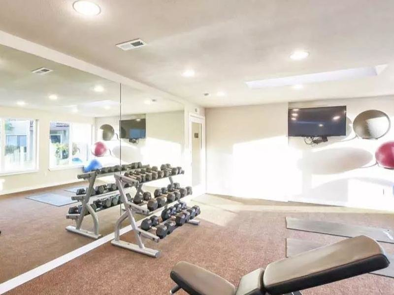 Gym | Pointe East Apartments