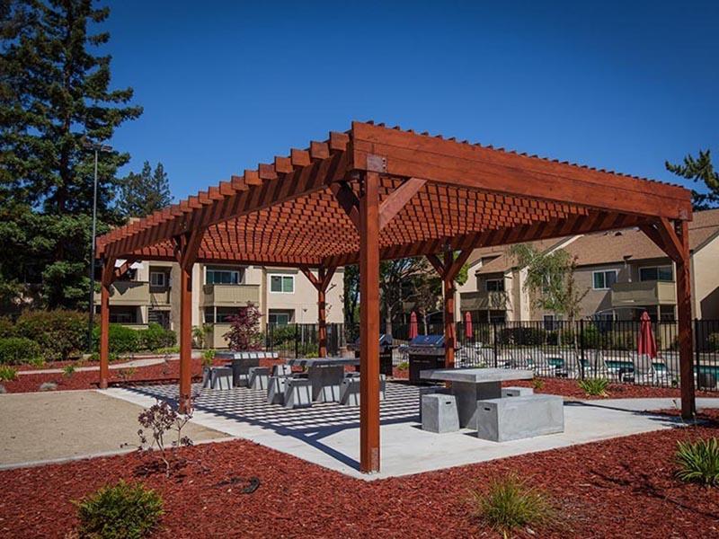 Patio BBQ | Rosemont Park Apartments in Sacramento CA