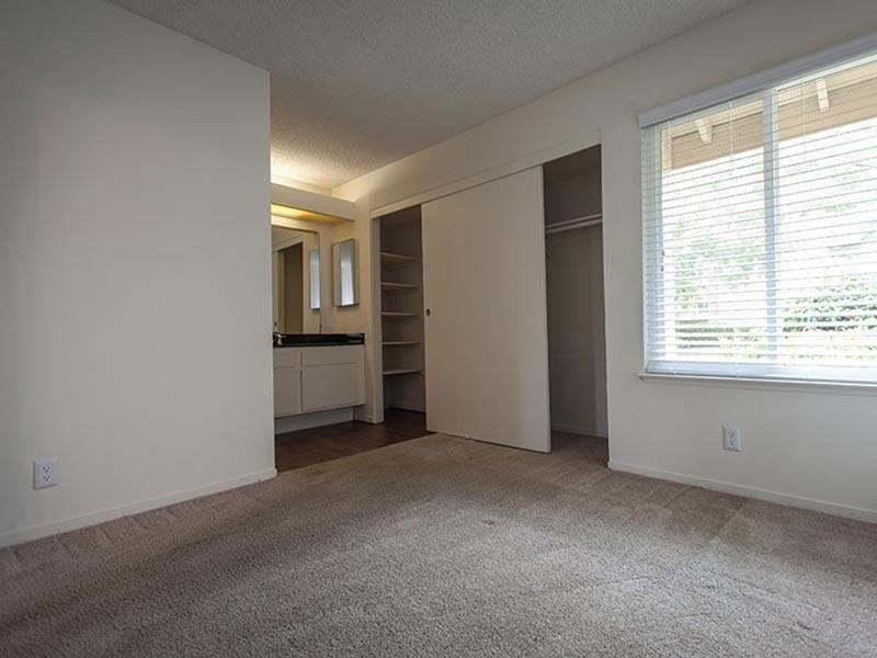 Living Room | Rosemont Park