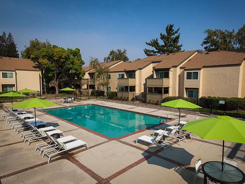 Pool | Rosemont Park 95826 Apartments