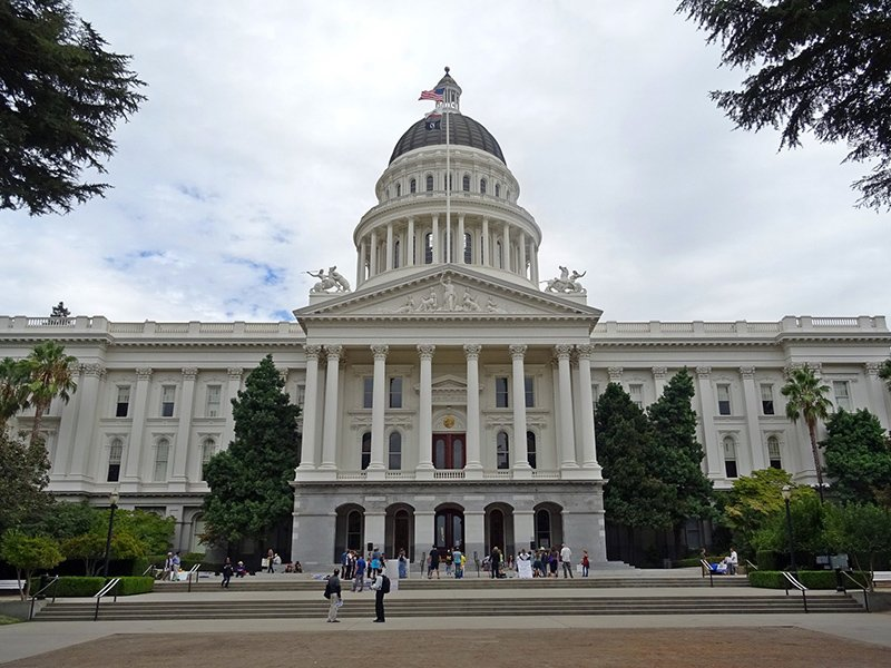 California State Capitol Museum nearby Sur Apartments Apartment Community