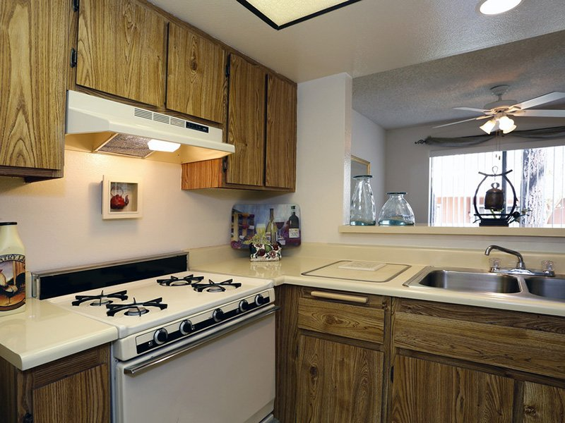 Kitchen | Meadowood Apartments