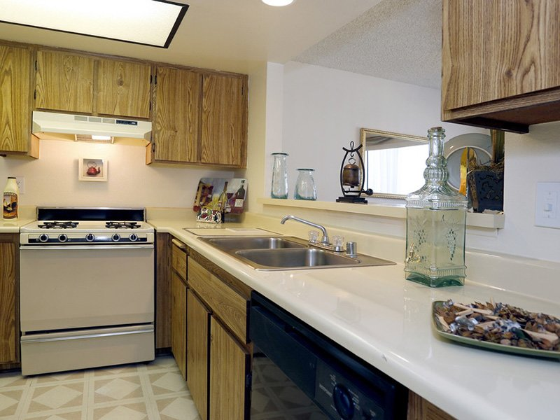 Fully Equipped Kitchen | Meadowood Apartments