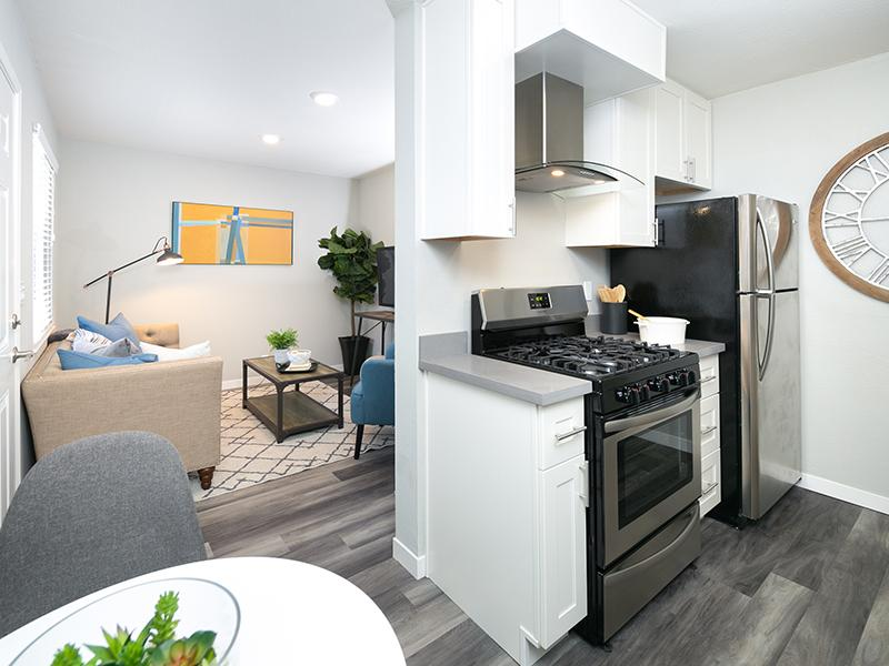 Kitchen | Bayview Apartments