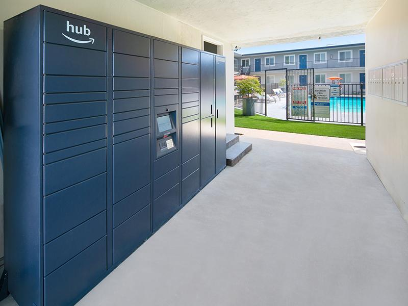 Amazon Locker Hub | Bay View Apartments
