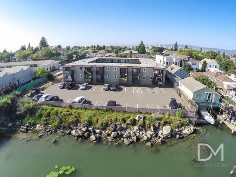Bayview Apartments in Alameda, CA