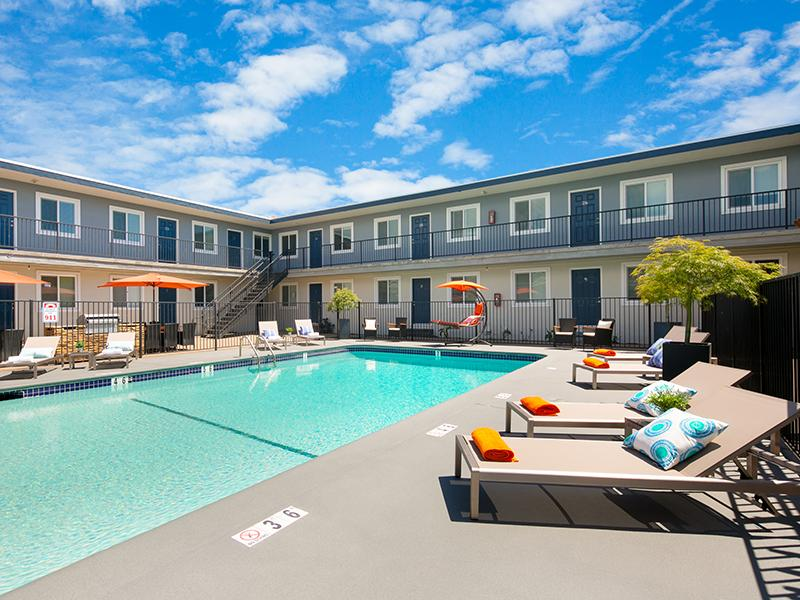 Pool | Bay View Apartments