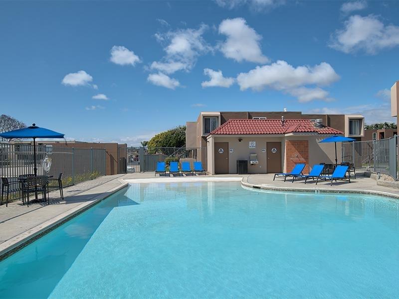 Pool Vista La Rosa
