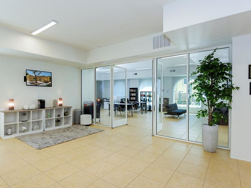 Lobby | Sunrose Apartments