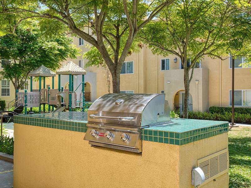 BBQ Area | Sunrose Apartments