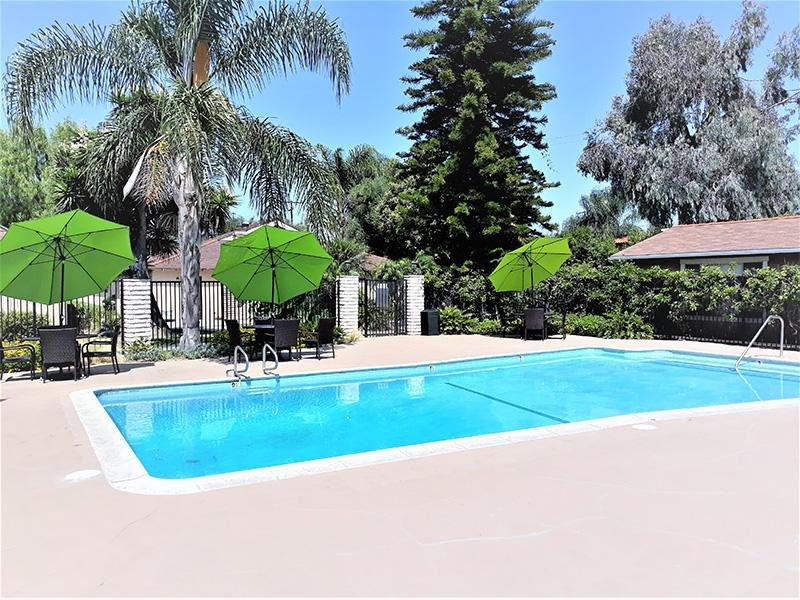 Swimming Pool | Anaheim Cottages