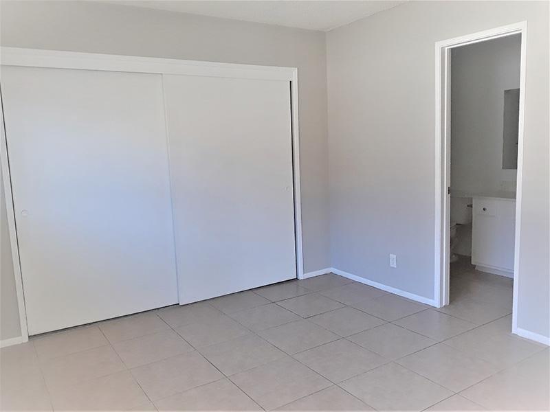 Spacious Bedroom | Anaheim Cottages in Anaheim CA
