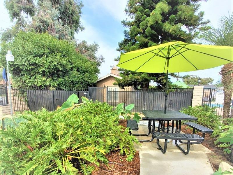Picnic Area | Anaheim Cottages