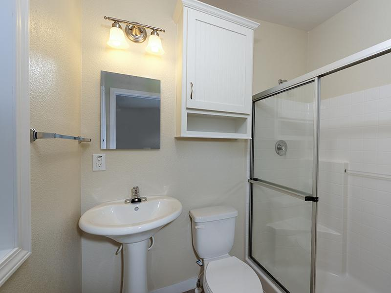 Bathroom | Hollywood Backlot Homes
