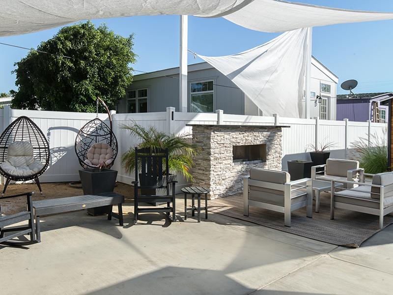 Exterior | Hollywood Backlot Bungalows