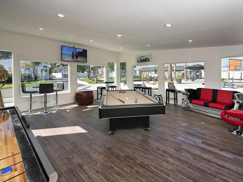 Game Room | Hollywood Backlot Bungalows