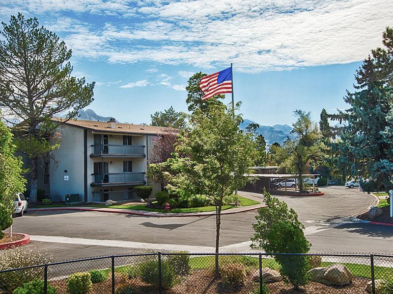 Flag | Country Lake Apartments | Utah