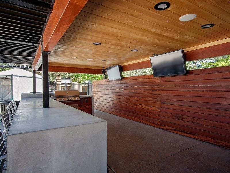 Outdoor Kitchen w/ TV | Embarc at West Jordan