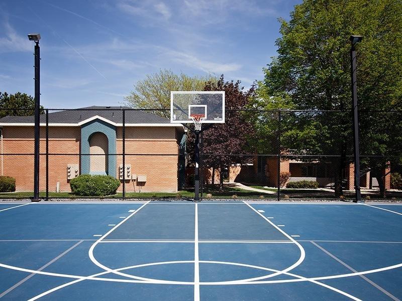 Basketball Court | Embarc at West Jordan