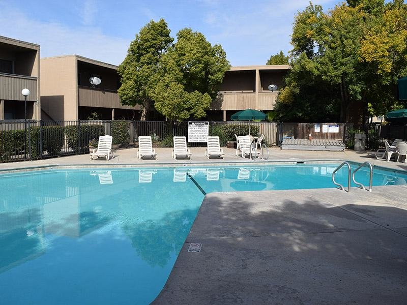 Amber Grove Apts in Sacramento, CA