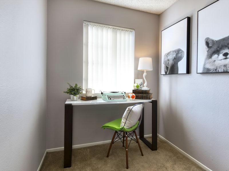 Small room with table   Lake Balboa Apartments
