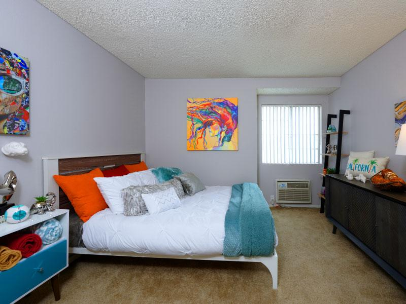 Main bedroom overview   Lake Balboa Apartments