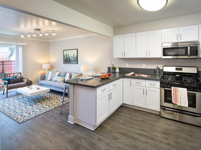 Kitchen | Solstice Apartments