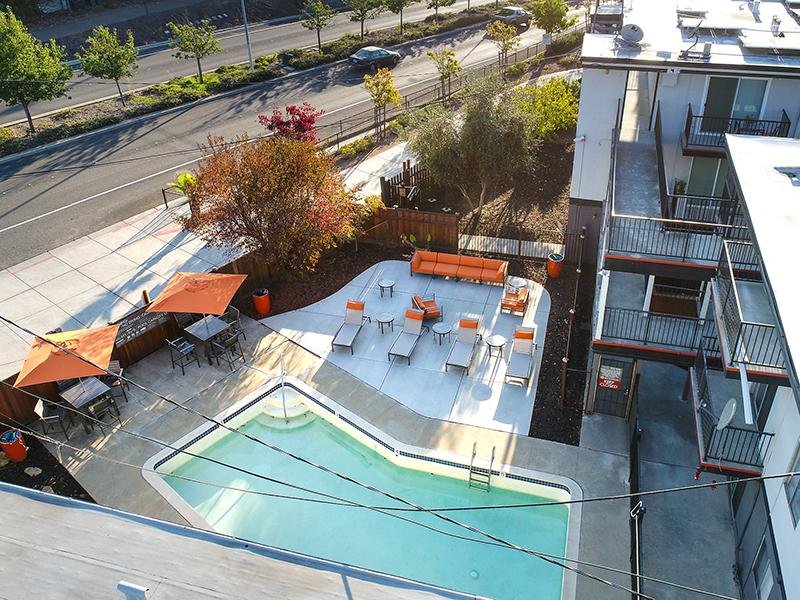 Swimming Pool | Solis Garden Apartments