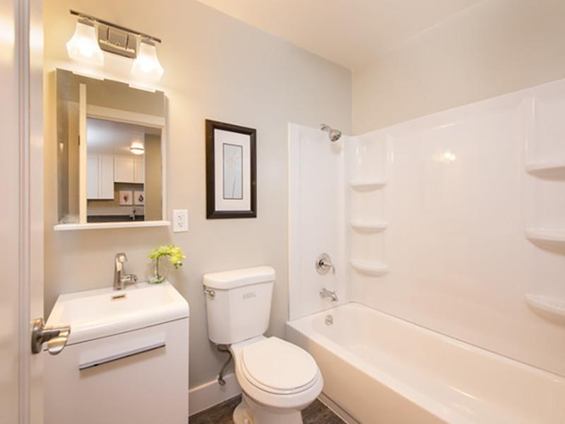 Bathroom | Solis Garden Apartments