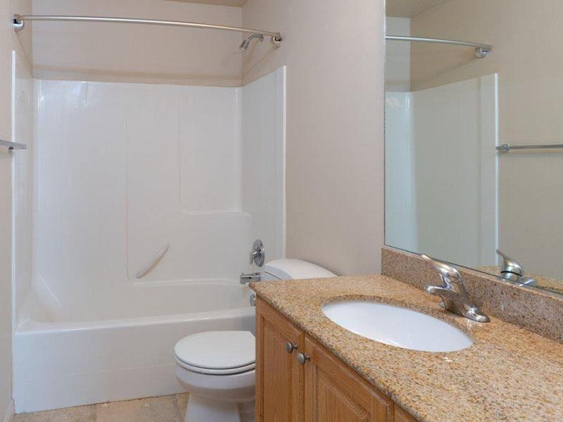Bathroom   Logan Landing