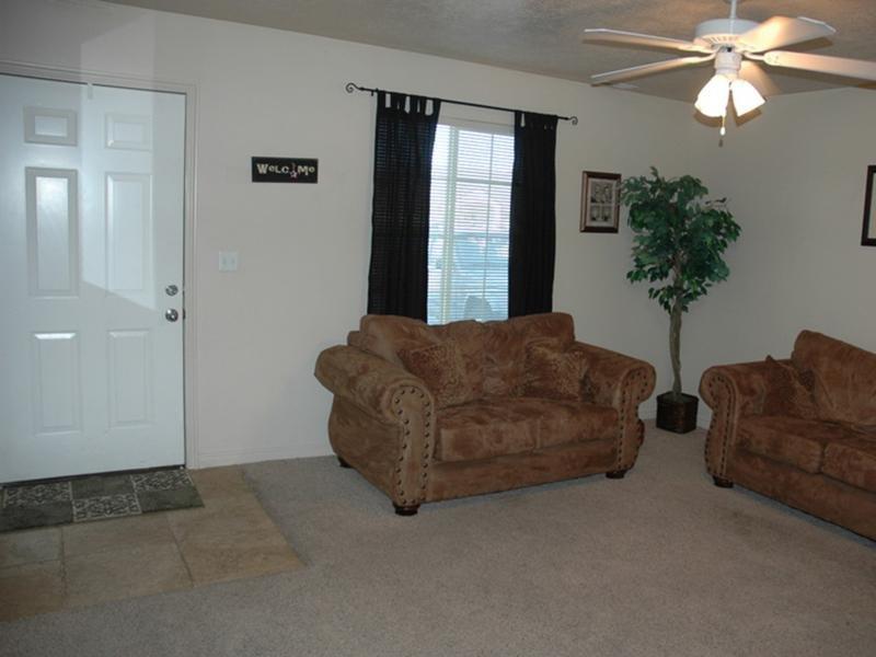 Living Room | Logan Landing Town Homes