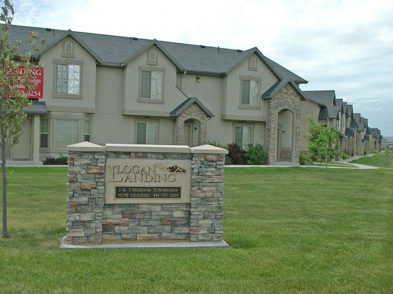 Welcome Sign | Logan Landing Town Homes