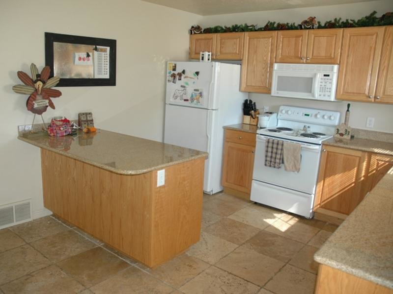 Kitchen | Logan Landing Town Homes