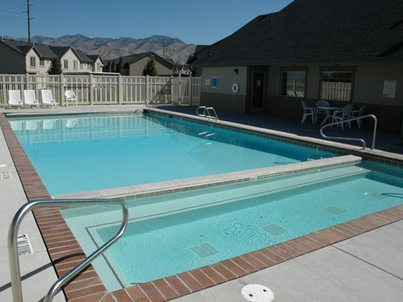 Pool | Logan Landing Town Homes