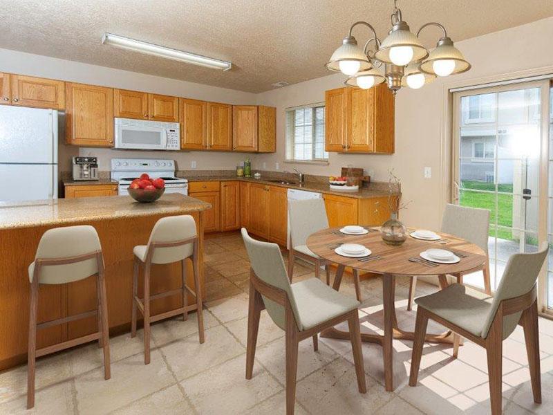 Dining Area | Logan Landing Apartments