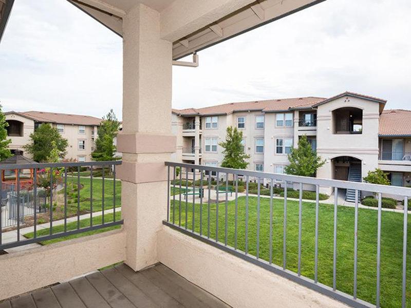 Balcony   Crocker Oaks Apts in Roseville, CA
