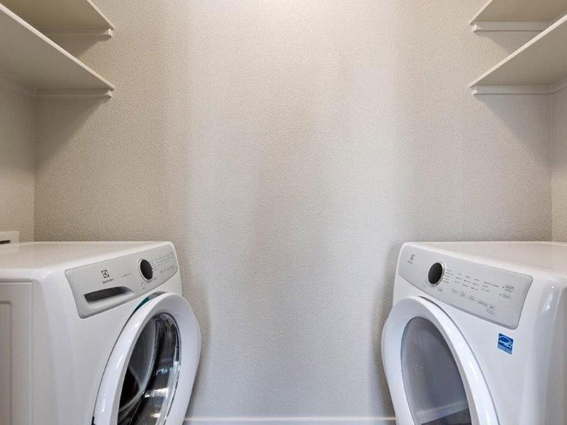 Washer & Dryer | Crimson Point