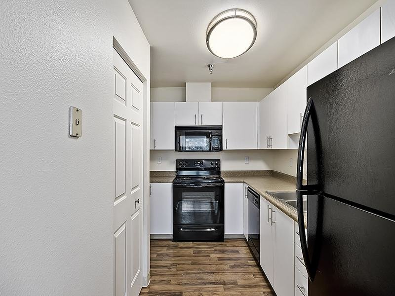 Kitchen | Orchard Place Apartments