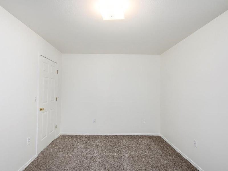 Room | Cedar Square Apartments